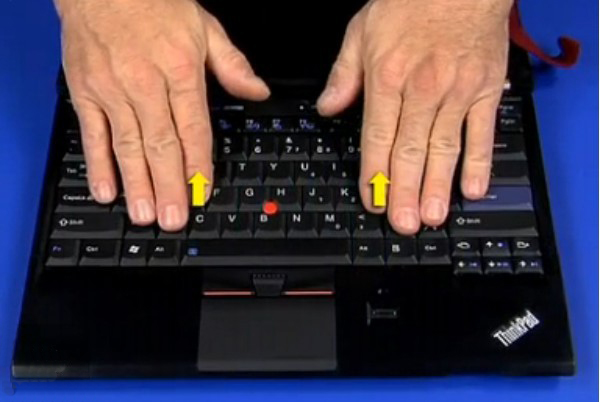 Removing the keyboard from the x220i[@laptoppartstore]